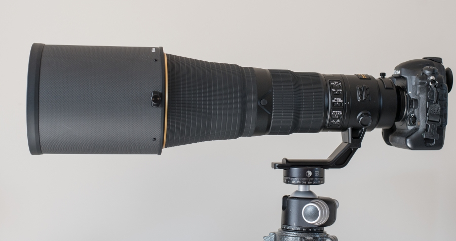Nikon 600mm FL side